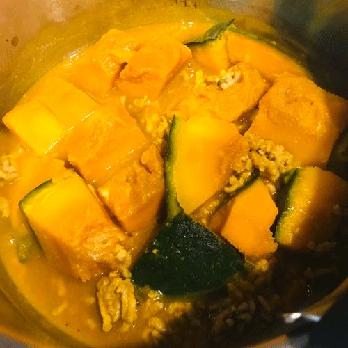 ひき肉とカボチャの煮物
