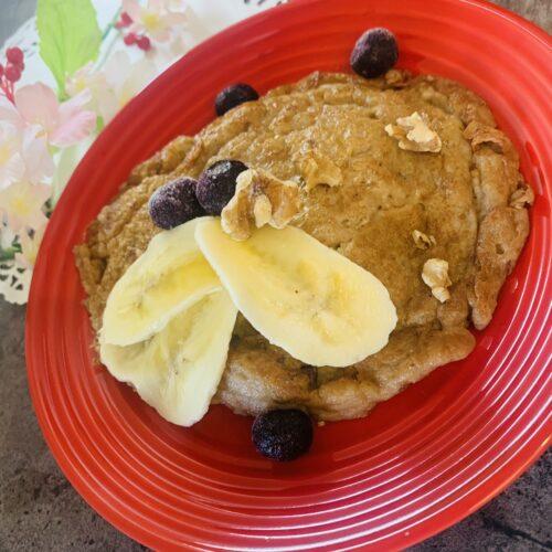 【糖質7g】ダイエット効果抜群♪オートミールとナッツのパンケーキ